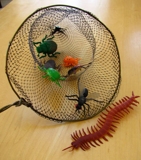 Make a net with recycled materials