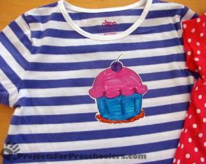 Make your own cupcake t-shirt