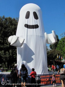 LEGOLAND California giant LEGO ghost for Halloween