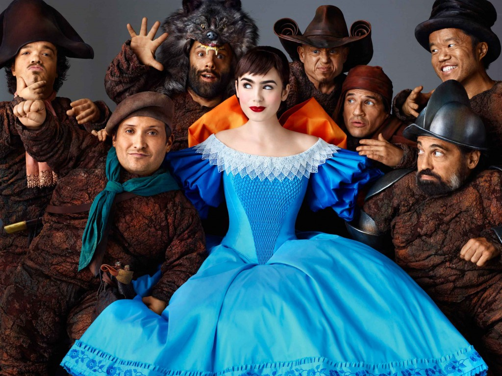 Snow White and the 7 Dwarves in Mirror Mirror