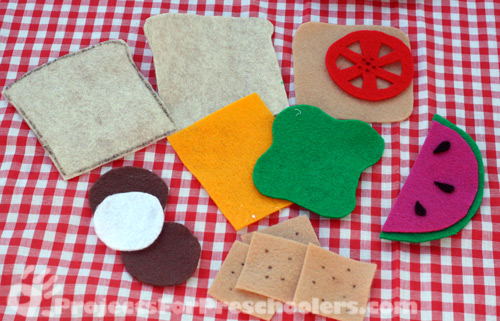 Felt picnic food pieces