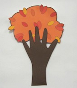 Fall handprint tree from FreeKidsCrafts.com