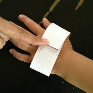 Measuer wrist and hand size