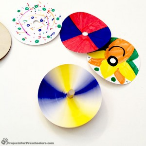 Kiwi Crate colors spinning top